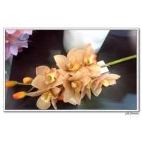 Silk Cymbidium Orchid Flower Short Stem